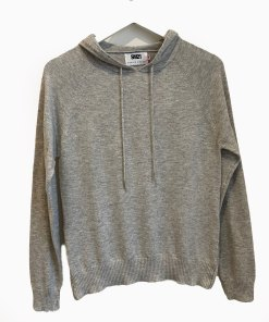 grey hoodie with star