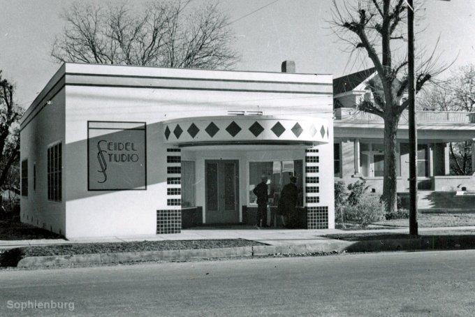 Photo: Art Deco Seidel Studio building at 453 W. San Antonio Street circa 1939.