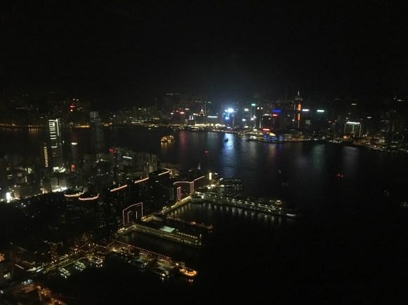 HK, la vista dall'Ozone Bar