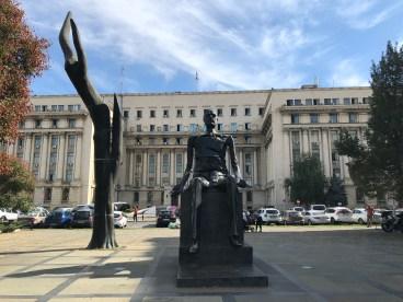 Bucarest, Piazza della Rivoluzione e l'ex Palazzo del Partito Comunista