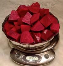 1500 gram cut up peeled beets