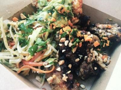 YAKUMAMA Chicken Wings & Salad