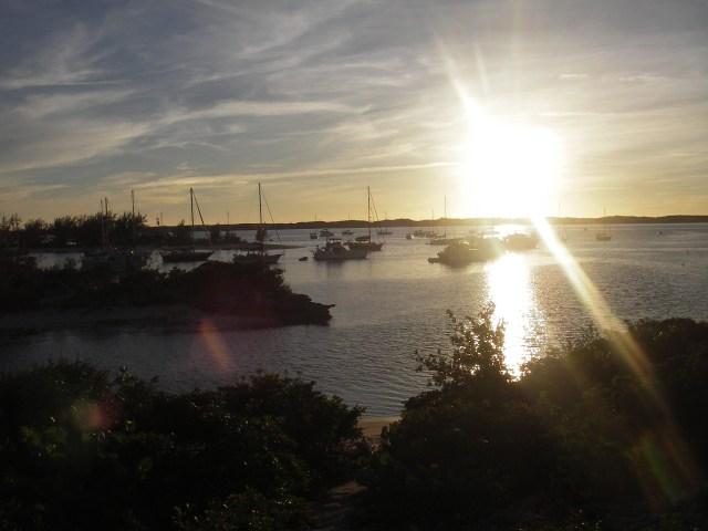 sailing-in-the-bahamas