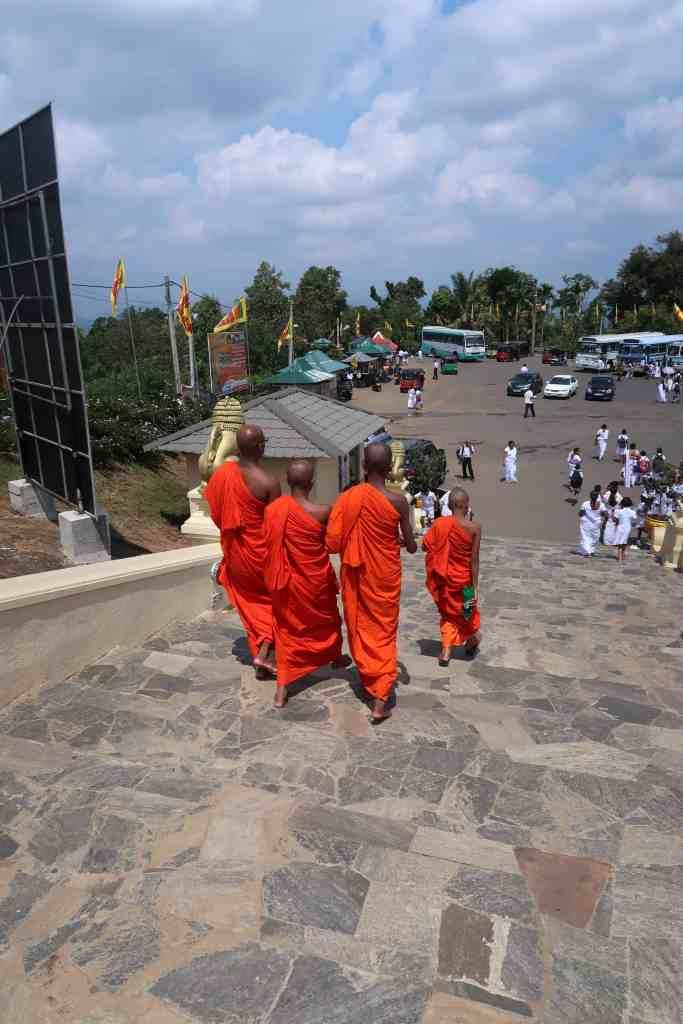 monks sri lanka