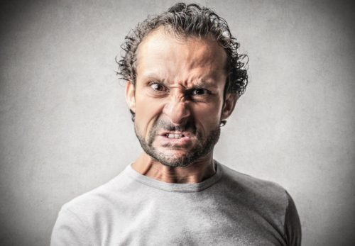 Homme en colère