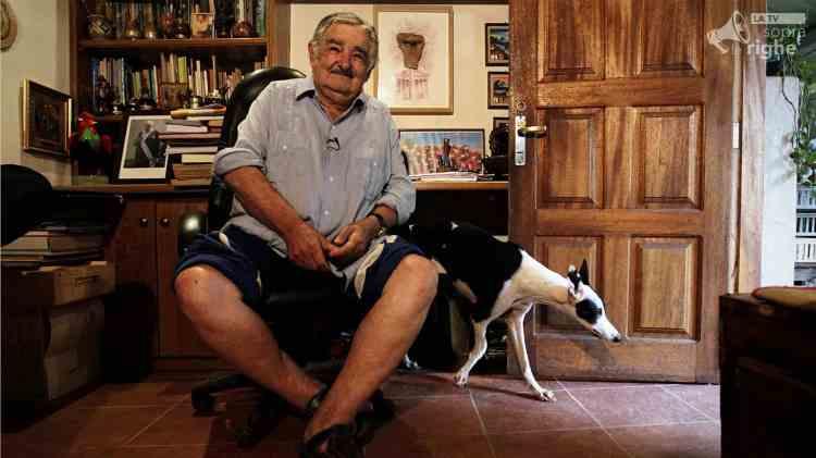 """La felicità al potere"""": Massimo Sgroi narra José Mujica SopraLeRighe"""