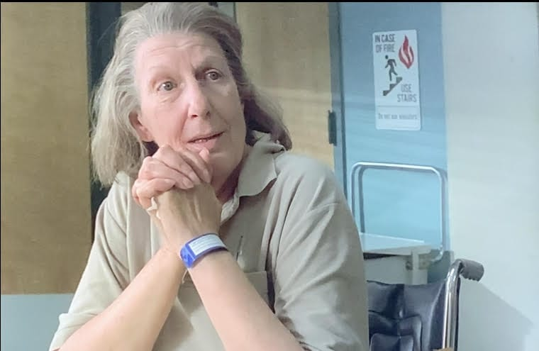 Livia Soprano is at Green Grove talking to her daughter, Janice.
