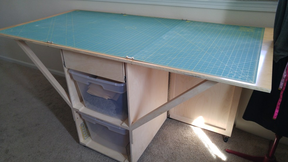 custom cutting table | basic stitch