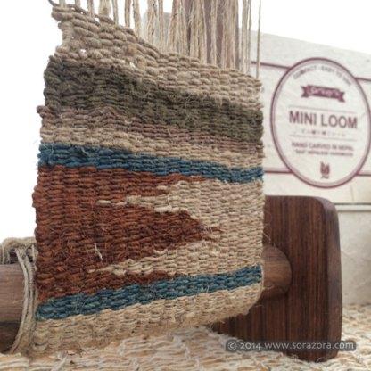 Mini Rigid Heddle Loom