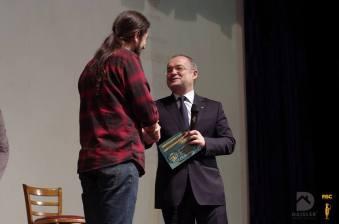 Cosmin-Bighei-locul-1-la-Festivalul-International-De-Stand-Up-Comedy-Cluj-Napoca-2014