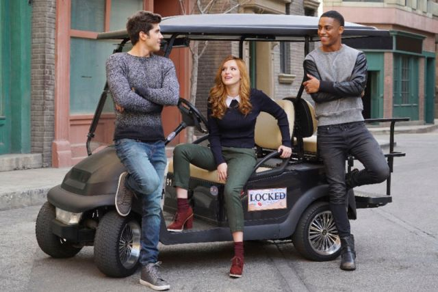 "FAMOUS IN LOVE - Freeform's ""Famous In Love"" stars Carter Jenkins as Rainer, Bella Thorne as Paige, and Keith Powers as Jordan. (Freeform/Eric McCandless)"