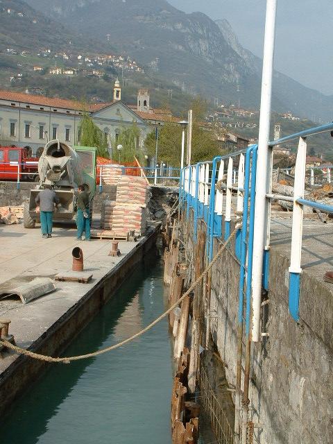 Palancole e palancolati per lavorazione portuali