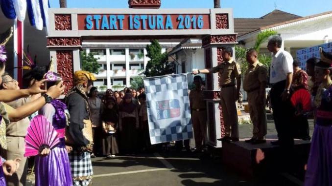 Pagi Ini Ribuan Orang Serbu Istana Bogor