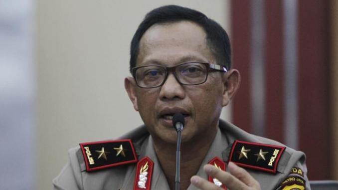 Tito Karnavian saat masih menjabat Kapolda Metro Jaya dan berpangkat Inspektur Jenderal, memberikan rilis kasus pembunuhan bocah di dalam kardus, di Polda Metro Jaya,