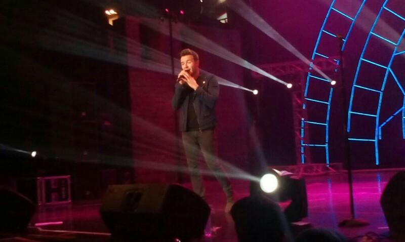 Konser Shane Filan Love Always Tour 2017 Sukses di Bandung