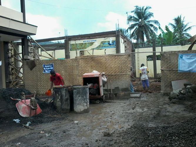 Pembangunan infrastruktur yang dilaksanakan oleh pemdes karyamukti