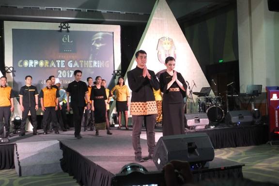 Fashion Show seragam terbaru karyawan eL Royale Hotel Jakarta