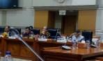 Komisi III DPR RI saat menerima jamaah travel umrah PT SBL