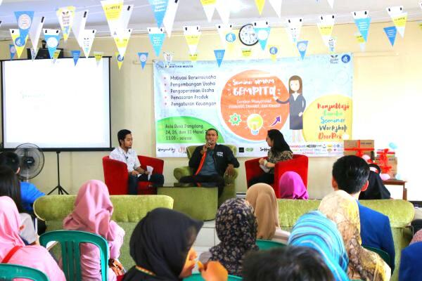 Seminar dan workshop UMKM dengan tema Gempita kependekan dari Gerakan Masyarakat Produktif, Inovatif, dan Kreatif.