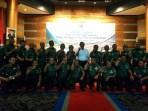 Menko Maritim Jendral TNI (Purn) Luhut Panjaitan berfoto bersama para Komandan Sektor Satgas Citarum Harum