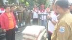 Elemen Masyarakat dan LSM PMPRI laksanakan aksi unjuk rasa di Pemkot Cimahi terkait dengan limbah industri yang mencemari sungai di wilayah Kota Cimahi