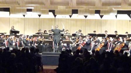 Bandung Philharmonic Tampil Memukau Di Konser LEGENDA