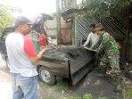 Satgas Citarum Sektor 21 Bangun Sarana Bak Sampah Untuk Warga