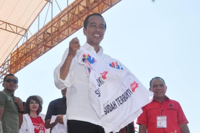 Capres nomor urut 01 Jokowi kampanye di Kupang NTT