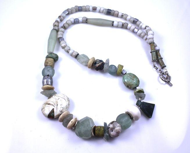 Long Bead Necklace_Salomon