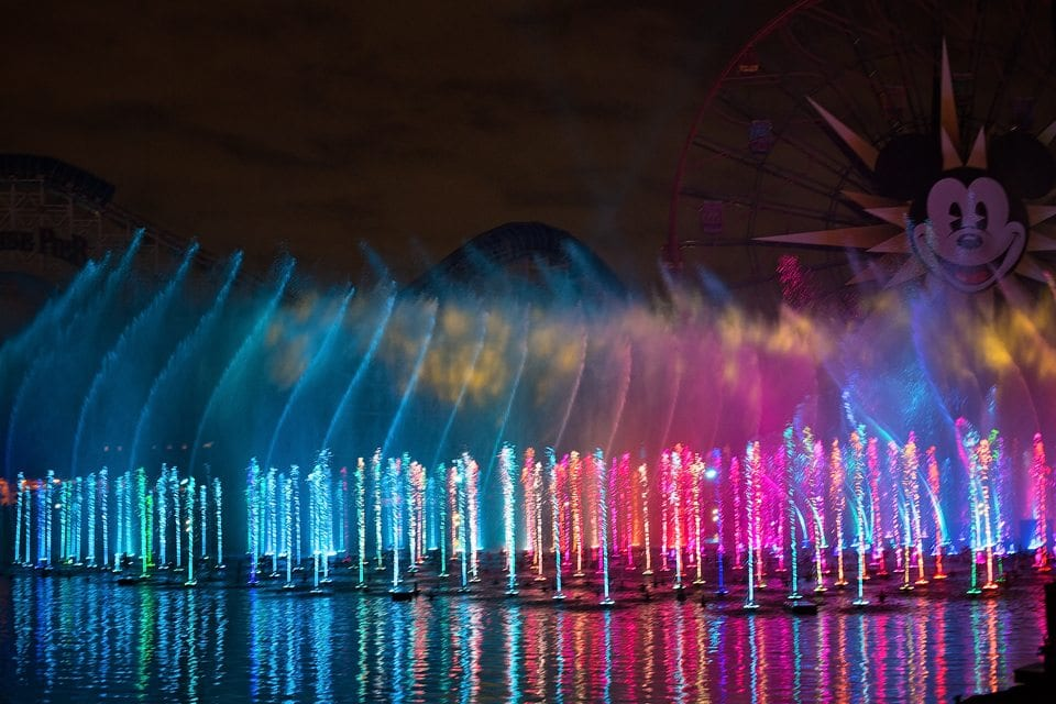 world of colour disneyland