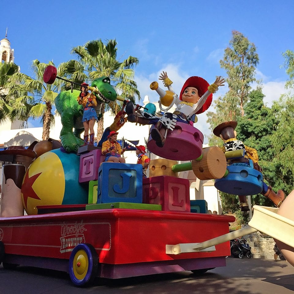 pixar play parade california adventure