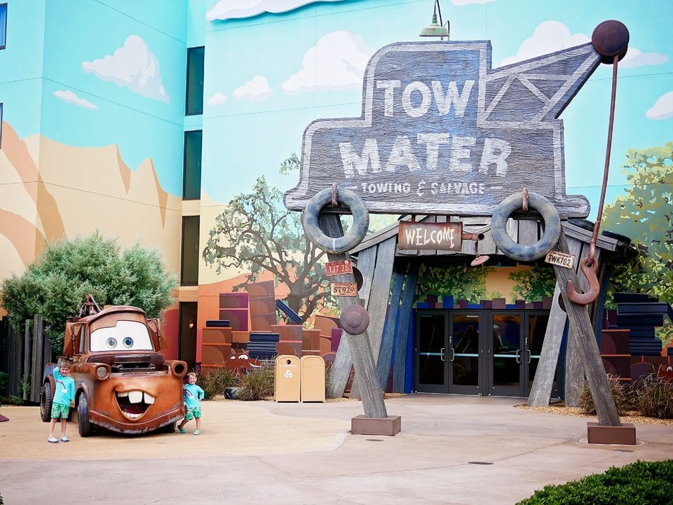 disney resort hotel art of animation