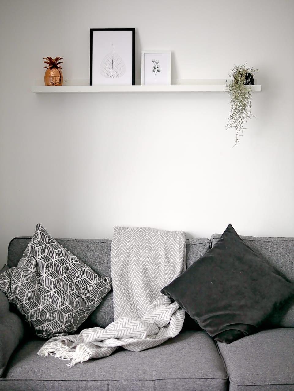 living room ikea picture shelf