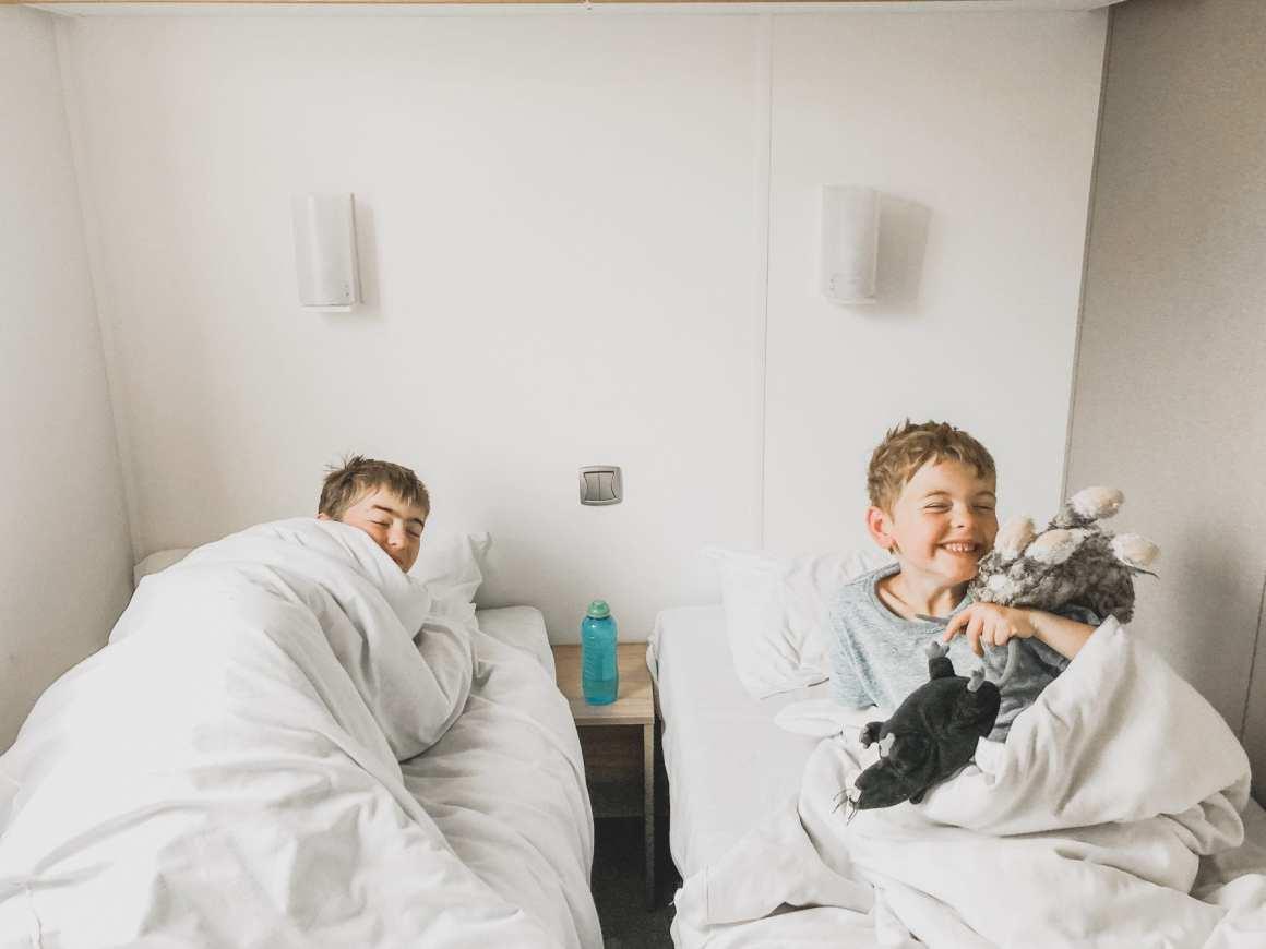 Eurocamp Azure twin bedroom