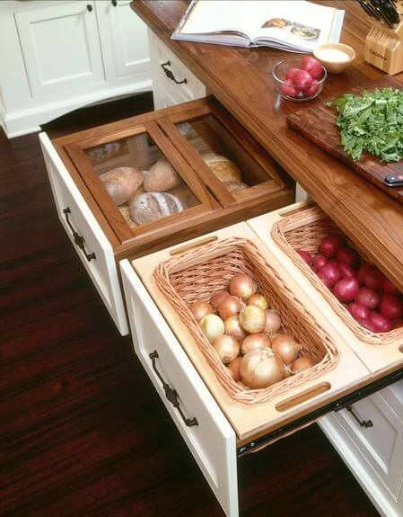 Unleash small kitchen design ideas with island #kitchen #kitchenisland #kitchendesign #kitchenideas