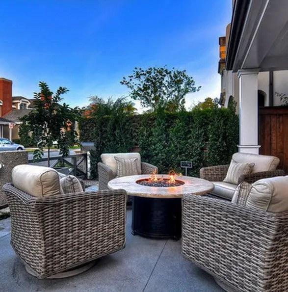 Unique backyard patio ideas for small yards