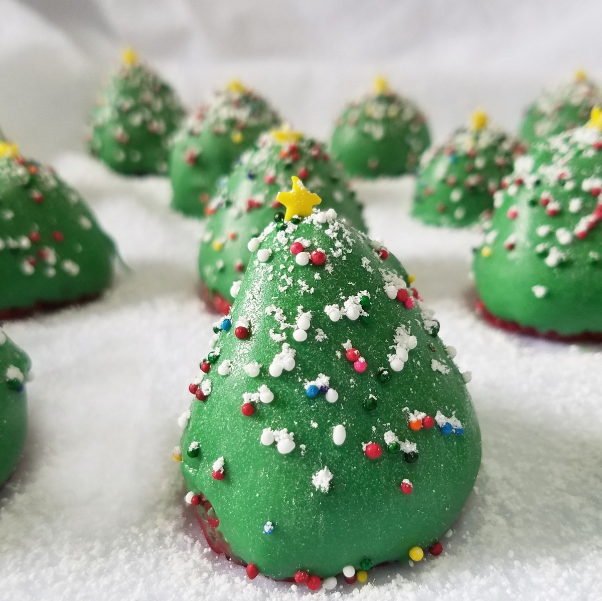 Chocolate Covered Strawberry Christmas Trees Rumbly In