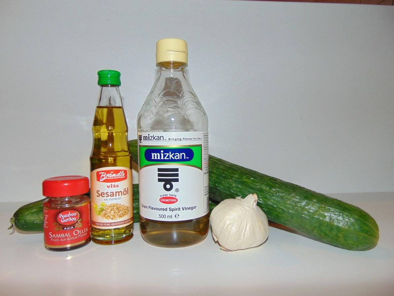 Zutaten für Chinesischen Gurkensalat