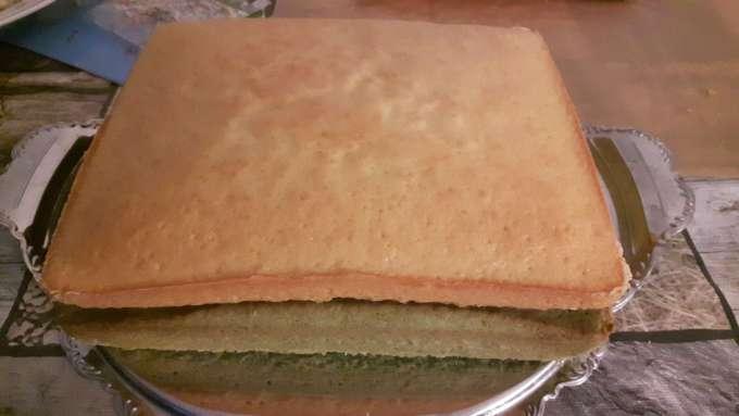 Mehrschichtiger Kuchen