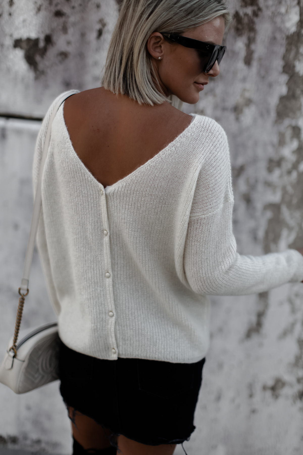 Button down back cream sweater on blogger So Sage