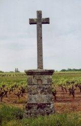 La croix des Aveneaux, avant sablage, la Chapelle-Heulin.