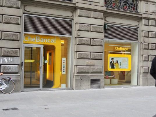 Sólo me llamó la atención del nombre de la Che banca.