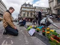 Takziah bagi keluarga dan rakan-rakan mangsa pengeboman pengganas di ibu kota Belgium, Brussels.