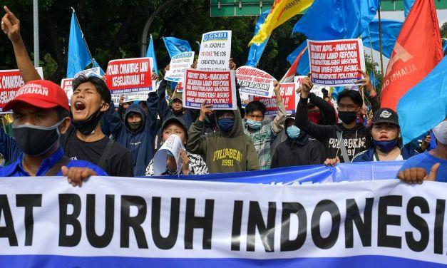Indonesia: Millions rise against oppressive law