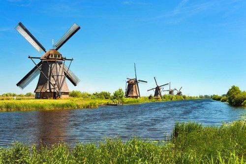 نتيجة بحث الصور عن قرية الطواحين Kinderdijk