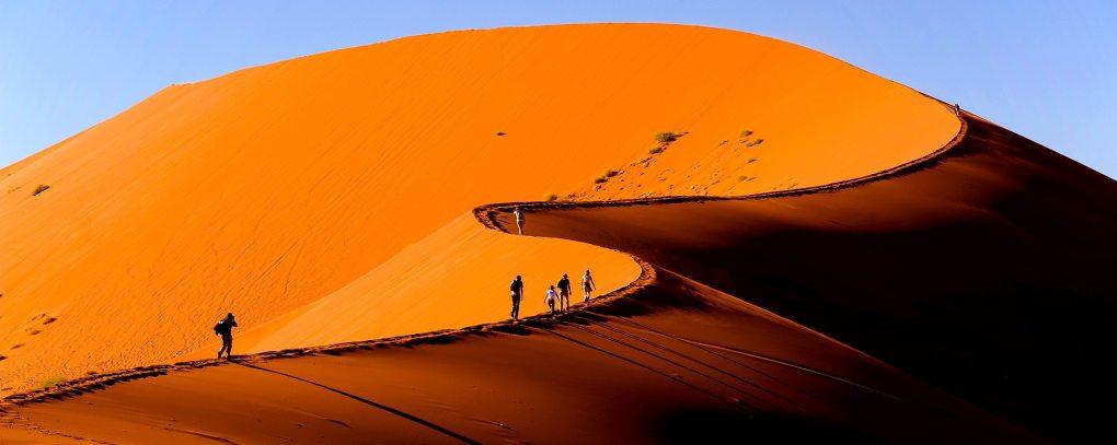 BANNER-iStock_Namibia_NaukluftNationalPark_LandscapeSossusvleiDune