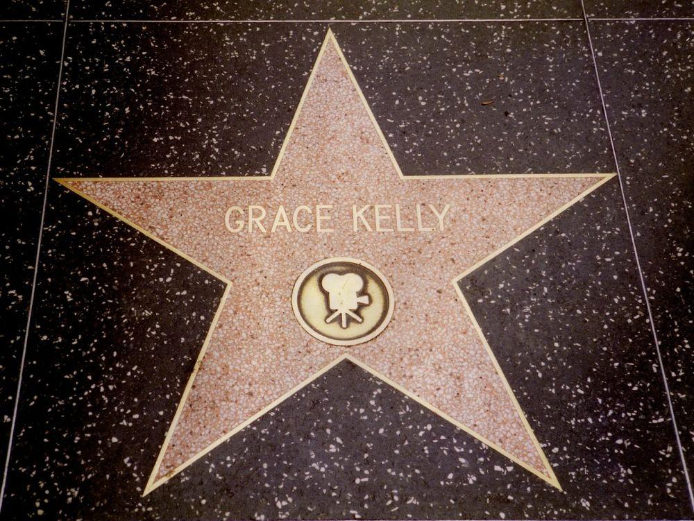1280px-walk_of_fame_grace_kelly