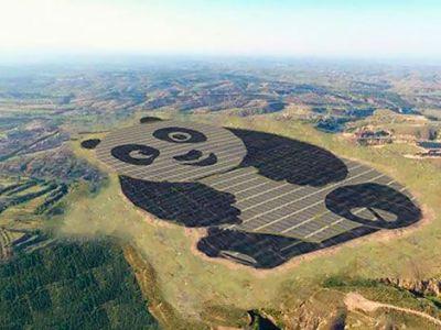 China construye una planta solar con forma de oso panda gigante