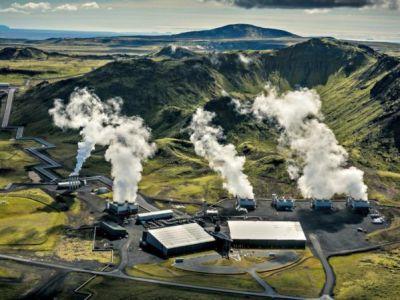 Islandia abre una central eléctrica que captura la contaminación del aire y genera energía limpiándolo