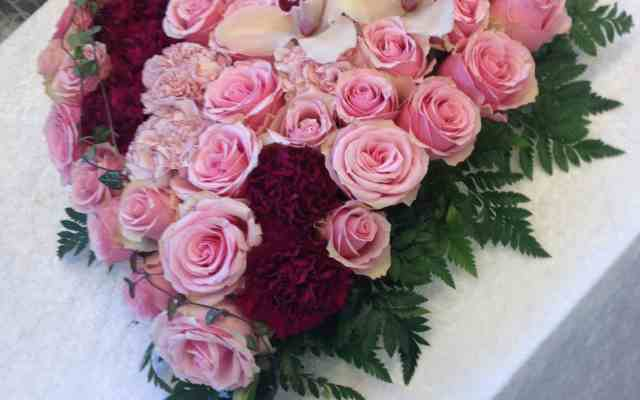 Hjerte til begravelse fra Søstra til Morten AS